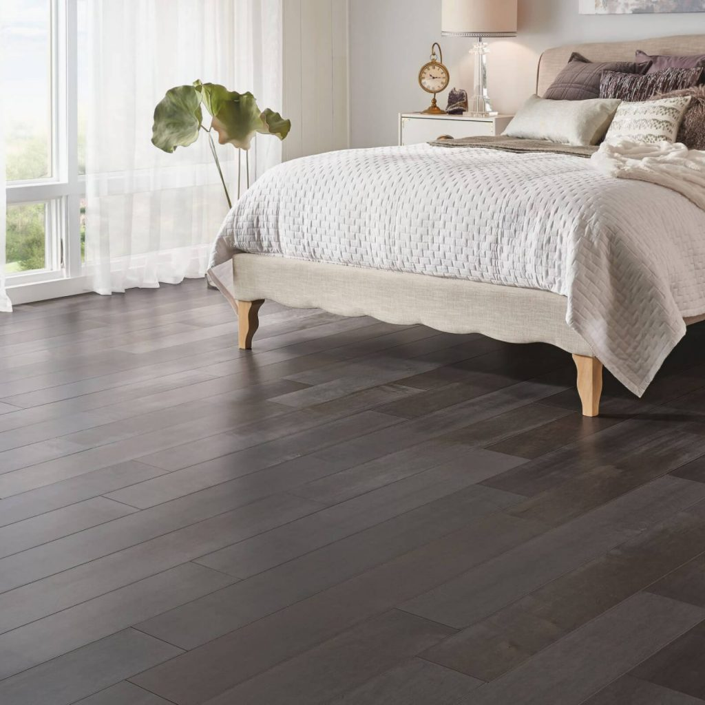 Bedroom hardwood flooring | Color Interiors