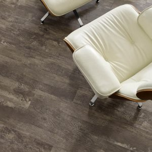 Paramount vinyl flooring | Color Interiors