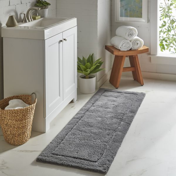 Rugs in the Bathroom | Color Interiors